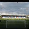 Nowe stadiony: Oldham, Scunthorpe, Kidderminster