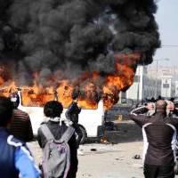 Egipt: Wyroki śmierci w sądzie, śmierć na ulicach
