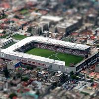 Nowe stadiony: Toluca i Cancún