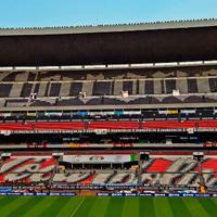 Meksyk: Azteca się skurczyła
