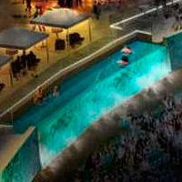 USA: Pierwszy sektor z basenami w futbolu amerykańskim
