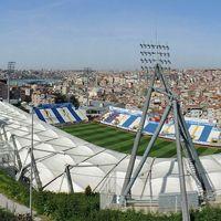 Stambuł: Kontrowersyjna przeprowadzka Beşiktaşu