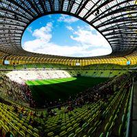 Gdańsk: Pusta PGE Arena, na kiedy mecz z Barceloną zostanie przełożony?