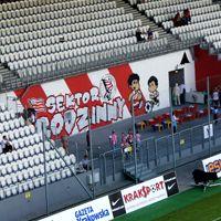 Kraków: Cracovia otworzyła sektor rodzinny, stadion się zmniejszył