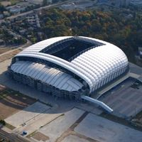 Poznań: Nowe sztuczne boisko przy stadionie Lecha