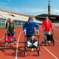 Amsterdam: Wyścig z balkonikami dla starszych