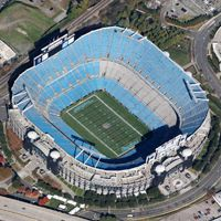 Nowe stadiony: Green Bay, Charlotte, Nowy Orlean, Detroit
