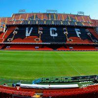 Walencja: Widzieliście już pomarańczową Mestallę?