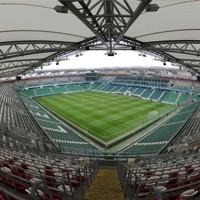 Warszawa: Wojewoda zamyka stadion Legii za race mimo apelu Ekstraklasy