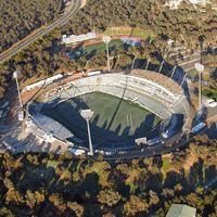Nowe stadiony: Canberra i trzy razy Sydney