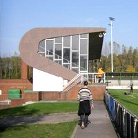 Nowe stadiony: Geel i Boussu