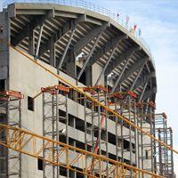 Marsylia: Ruszyła instalacja dachu nad Vélodrome