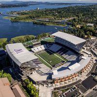 Nowy stadion: Husky Stadium