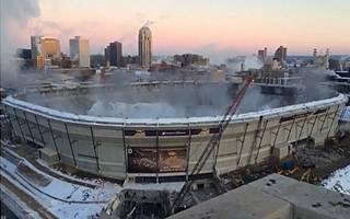 Minneapolis: Dach Metrodome wysadzony