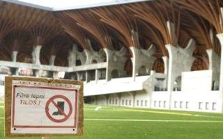Węgry: Finisz prac na niezwykłym stadionie pod Budapesztem