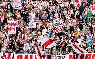 Łódź: ŁKS chce powiększyć trybuny z braku miejsc
