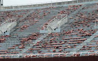 Nigeria: Zamienili narodowy stadion w burdel?