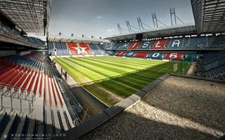 Kraków: Czy kogoś stać na stadion Wisły?