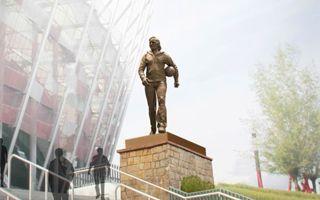 Narodowy: Pomnik Górskiego wkrótce, Tyskie sponsorem