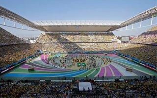 Sao Paulo: Słodko-gorzkie otwarcie, stadion zdał egzamin