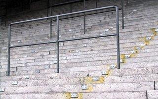 Bezpieczeństwo: Miejsca stojące wrócą na stadiony!