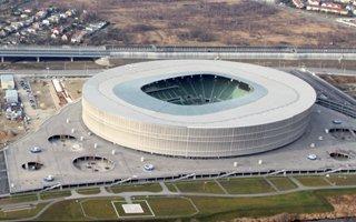 Wrocław: Prezes zostaje, stadion powoli w stronę zysku