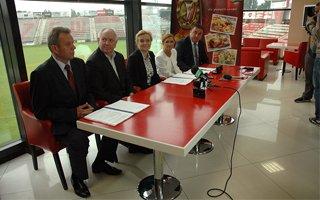 Łódź: Umowa na stadion Widzewa podpisana!