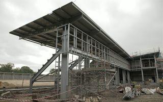 Manchester: Otwarcie Broadhurst Park z poślizgiem