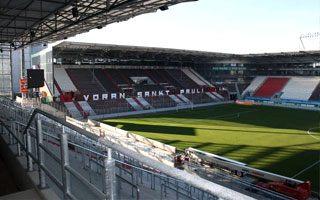 Hamburg: Ostatnia trybuna St. Pauli w październiku