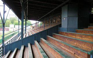 Kraków: Zabytkową drewnianą trybunę  zastąpi… nowa drewniana trybuna