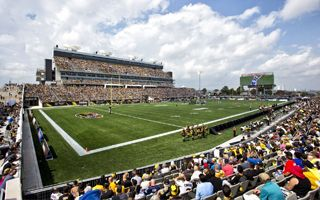 Nowy stadion: Tim Hortons Field