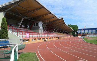 Nowe stadiony: Nowy Dwór, Tomaszów Lubelski, Białystok