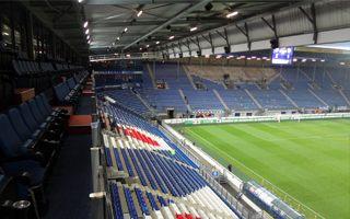 Holandia: Dlaczego tak mało miejsc stojących w Eredivisie?