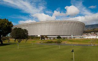 RPA: Kapsztad pierwszym miastem pozywającym wykonawcę stadionu