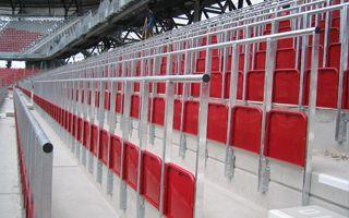 Miejsca stojące: Ogromna większość Anglików chce stać na meczach