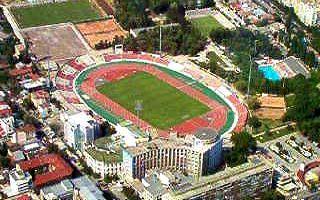 """Bukareszt: Nowy stadion """"Czerwonych Psów"""" po ćwierćwieczu czekania?"""
