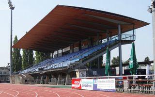 Nowe stadiony: Hazard i kryształki Swarovskiego…