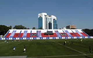 Nowe stadiony: Bangalore i Mumbaj