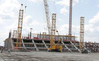 Nowa budowa: Rostów nadgania zaległości