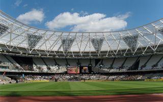Londyn: Olimpijski otwarty po budowie dachu