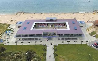 Anglia: Luksusowy stadion do… plażówki?