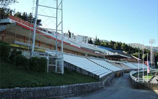 Nowe stadiony: Smutny Mostar, nieukończony Gradačac