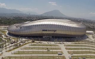 Nowy stadion: Niezwykły blaszak z Monterrey