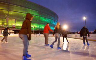 Wrocław: Od dziś lodowisko przy Stadionie