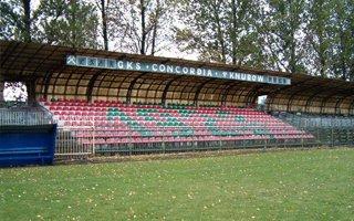 Knurów: Feralny stadion czeka na rozbiórkę