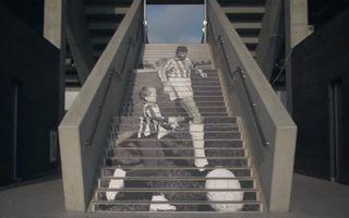 Warszawa: Legia przystroiła stadion na stulecie