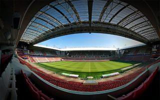 Holandia: PSV wreszcie zainstaluje miejsca stojące