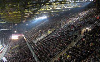 Dortmund: Śmierć podczas meczu, wspaniałe zachowanie kibiców Borussii