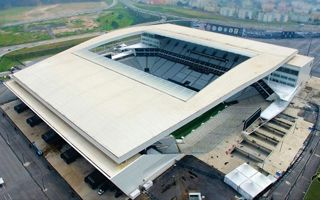 Brazylia: Stadiony Mundialu z korupcją w tle