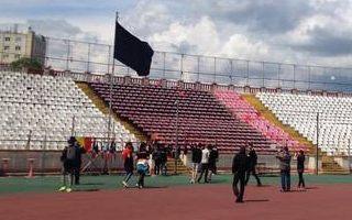 Rumunia: Stadion zamienił się w ołtarz po śmierci zawodnika